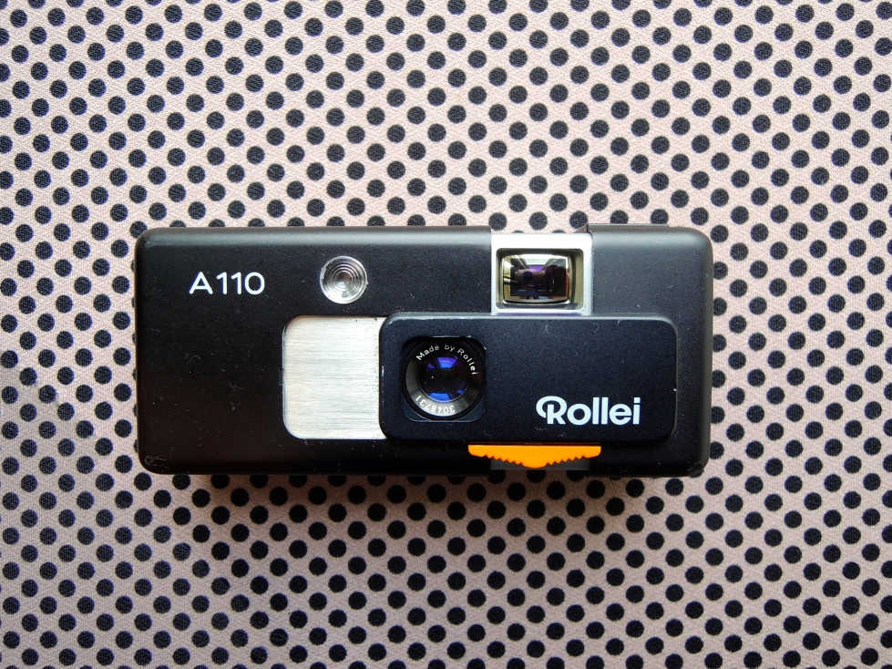 Rollei A110 front open