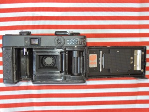 Konica C35 EF back opened